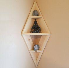 Cheap Diy Wall Shelves Floating Ideas - Furniture Best Home Design Corner Shelf Design, Diy Corner Shelf, Wood Corner Shelves, Corner Bookshelves, Diy Wall Shelves, Floating Shelves, Bookshelf Design, Home Decor Shelves, Diy Home Decor
