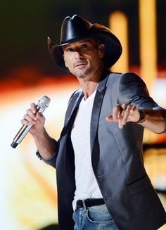 Country music star Tim McGraw is sued by Curb Records in federal court