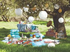 Outdoor Picnic Inspiration (Outdoor Accessories & Decor) with Cost Plus World Market >> #WorldMarket Outdoor Entertaining & Decor