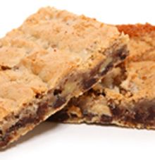 Healthy Cookie Dough Bars with protein. Cookie Dough Cheesecake, Cookie Dough Bars, Healthy Cookie Dough, Cheesecake Bars, Healthy Cookies, Dessert Bars, Dessert Recipes, Bar Recipes, Protein Recipes