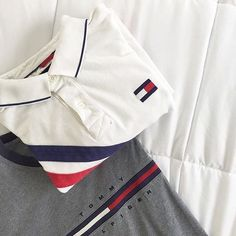 Vintage Tommy Hilfiger polo and sweatshirt from Tagvin.