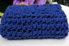 Soft wool from Peru. Snood for women. Twilight Blue.  Douce laine provenant du Pérou. Foulard infini pour femmes. zaknit.com