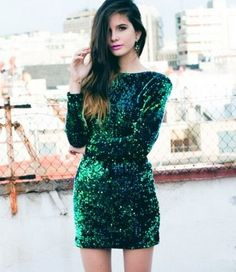 Put an end to the dreaded dilemma of what to wear to a New Year's Eve party with these 7 ideas.