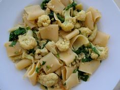 Pasta with Cauliflower, Curry Powder and Coconut Milk - Healthy and Vegan