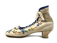 Madame de Pompadour (Embroidered women's shoes,1840-43)