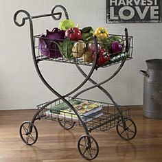Vintage Shopping Cart would look good in bathroom with towels