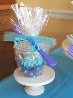 Mermaid Party--Cupcake To Go Party Favor