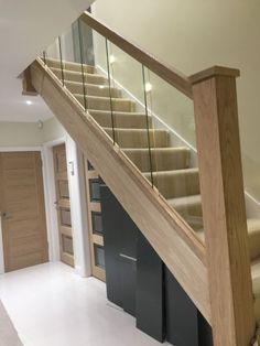 Modern Staircase Design Ideas - Stairs are so usual that you do not give them a reservation. Have a look at best 10 instances of modern staircase that are as stunning as they are . Oak Stairs, Glass Stairs, House Stairs, Attic Stairs, Floating Stairs, Balustrades, Glass Balustrade, Stair Banister, Banisters