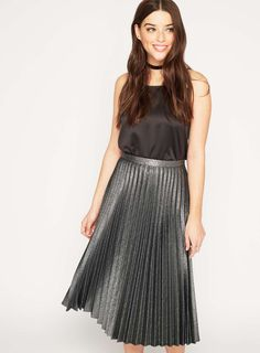 10% off over 50 in The Miss Selfridge Sale | Zhiboxs - Editorial, Fashion Show, Models.