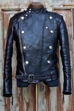 Leather Fashion, Mens Fashion, Fashion Outfits, Fashion Weeks, London Fashion, Men's Leather Jacket, Vintage Leather Jacket, Dapper Suits, Custom Leather Jackets
