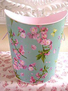 Floral Bucket  ♥