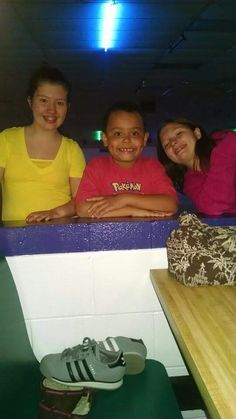 Me jayden and paige left  》right