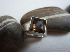 CAMELOT+-+Ring+Silber/Rauchquarz+von+chris-tho/+schmuckdesign+auf+DaWanda.com