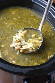 SOUP RECIPES Jalapeno Lime Chicken Soup {Slow Cooker} All the comfort of a chicken soup, kicked up a few notches! Chicken Soup Slow Cooker, Crock Pot Soup, Crock Pot Slow Cooker, Chicken Soup Recipes, Slow Cooker Recipes, Crockpot Recipes, Cooking Recipes, Healthy Recipes, Skillet Chicken