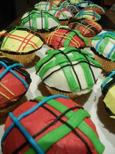 Tartan cupcakes for Robbie Burns Day.