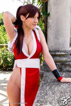 Fatal Fury/The King Of Fighters - Mai Shiranui Cosplayer: Kelly Jean * Photographer: Sebastian Matthews...WOW!