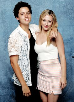 Cole Sprouse & Lili Reinhart photographed by Jay L. Clendenin for Los Angeles Time at Comic-Con on July 22, 2017