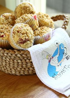 ShowFood Chef: Strawberry Rhubarb Muffins with Oatmeal Crumble Top