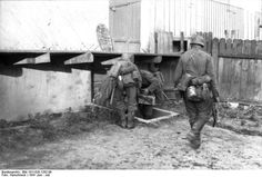 26 1941 The Germans arrive in town. House searches, Russia 1941