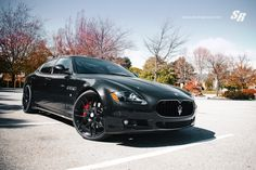 Limousine from Maserati - Quattroporte Executive (tuned by SR Auto Group)