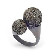 Woven Ring by Milena Zu #diseño #joyas @Odise Memokondaj Memokondaj Memokondaj Memokondaj Mattleñoría