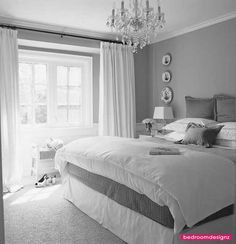 Stylish White Bedding Suggestions, Decoration And Arrangements - http://www.bedroomdesignz.com/bedroom-design-ideas/stylish-white-bedding-suggestions-decoration-and-arrangements.html