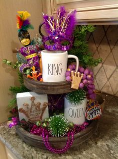 MardiGras Tiered Tray Mardi Gras Food, Mardi Gras Party, Holiday Crafts, Holiday Fun, Holiday Decor, Galvanized Tiered Tray, Mardi Gras Decorations, Tiered Stand, Valentine's Day Diy