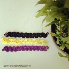 Free Pattern: Lace Scallop Crochet Bracelet