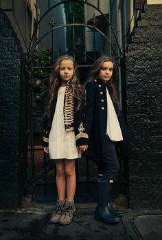 Editorial inspirado na era Napoleônica….Lindo!!! Editorial inspired by Napoleonic era…. Beautifull! - Mini Trends and Co