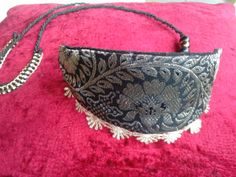 GREYHOUNDS AND all breeds, collars and belts for dogs, for show too, 20 euros, contact bullshar2@gmail.com
