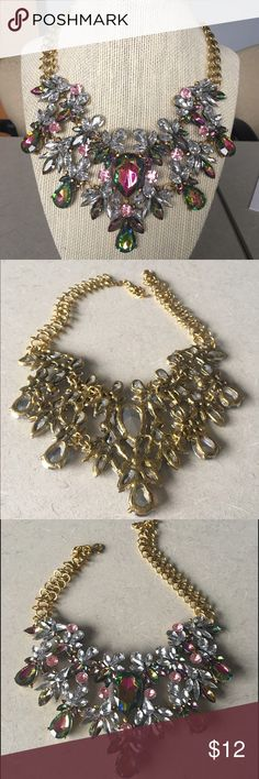 Fashion Necklace Faux Rhinestone, brand new, no flaws or damage, length approx 17 inches. Jewelry Necklaces