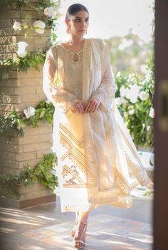 Beautiful Dress Designs, Stylish Dress Designs, Stylish Dresses, Beautiful Dresses, Nice Dresses, Casual Dresses, Awesome Dresses, Pakistani Fashion Party Wear, Pakistani Couture