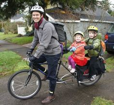 How to bike with kids. MWP: interesting handlebar that serves two passangers :-)
