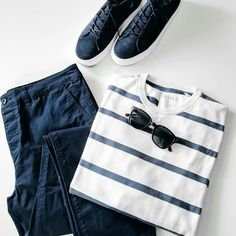 Then you are absolutely going to love these awesome stripe t-shirt outfit ideas. Scroll below to see cool stripe t-shirt outfit ideas. Take a look here H/T Stylish Mens Fashion, Mens Fashion Blog, Best Mens Fashion, Mens Fashion Shoes, Fashion Moda, Fashion Tips, Fashion Shirts, Fashion 2016, Fashion Edgy