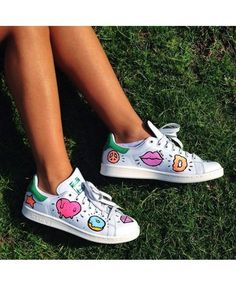 507138d56fc Adidas Stan Smith Womens Painted Trainers Diy Basket