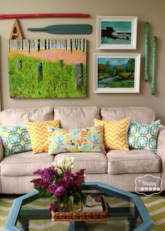 How to Refresh Your Living Room for Spring -- Great DIY and simple ideas! | thehappyhousie.com