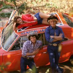 Catherine Bach as 'Daisy Duke', Tom Wopat as 'Luke Duke' & John Schneider as 'Bo Duke' in The Dukes of Hazzard (1979-85, CBS)