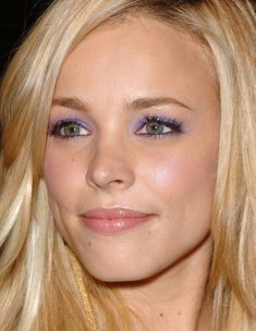 Pretty lilac eyeshadow for blue/green eyes