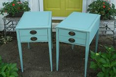 The Collected Interior features eclectic interior design inspirations, affordable interior decorating ideas and fun Diy projects. Repainting Furniture, Paint Furniture, Furniture Decor, Antique Furniture, Chalk Paint Projects, Cool Diy Projects, Happy Paintings, Furniture Placement, Trash To Treasure