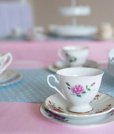 I just adore this gorgeous vintage teaparty theme from Party by Design. Tea Party Theme, Party Themes, Vintage Tea, Awesome Stuff, Tea Cups, Tableware, Kids, Design, Children