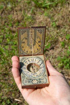Portable 16th Century Replica Working Sundial with Compass / Handmade Sunwatch / Bee and Honey Design / Walnut Wood