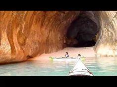 Una gita in kayak: quale migliore occasione per esplorare le bellissime coste della #Sardegna?    www.sardegna.com