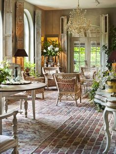 Best French Country Design And Decor Ideas For Amazing Home Design And Decorating homedecorideas homedecoraccessories homedesign 535154368218810475 French Country Kitchens, French Country Farmhouse, French Country Style, Rustic French, Modern Country, Farmhouse Design, French Country Interiors, Country House Interior, Country Blue