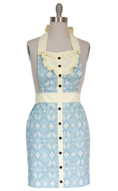 Gathering Full Apron. @Catherine Kozak, I can totally see you wearing this.