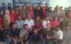 Guna membangun jiwa kewirausahaan para pemuda di Bombana, Sulawesi Tenggara (Sultra), Tim Roemah Kita mengadakan lokakarya kewirausahaan di aula Hotel Rahmat, Kelurahan Kasipute Kecamatan Rumbia, Selasa (6/10/2015). Acara ini dihadiri puluhan kaum muda Bombana.  http://www.zonasultra.com/daerah/bombana/7555-ingin-jadi-wirausahawan-muda-ini-tipsnya