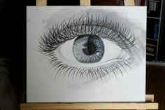 Painting of an eye, in black and white, that I painted a few months ago.  - Realization: It took me more than a day to finished it.  -