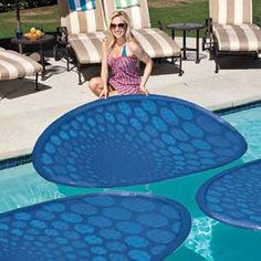 NO MORE SOLAR BLANKETS! Harness the sun's natural energy with the SwimWays ThermaSpring Solar Mat presented by Pool Stuff Express. The ThermaSpring Solar Mat maintains and raises pool temperature by r Outdoor Spaces, Outdoor Living, Living Pool, Spring Technology, My Pool, Pool Mat, Cool Pools, Plein Air, Looks Cool