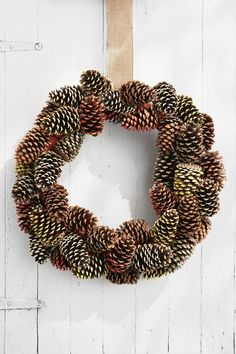 Pine Cone Wreath DIY Thanksgiving Decorations