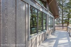 Beautiful fiber cement or engineered wood & panels installed with a board 7 batten style. Such a beautiful custom home exterior! Cement Siding, Cedar Siding, Wood Siding, Wood Paneling, Prize Homes, Green Apartment, Luxury Cabin, White Granite
