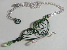 Collana con Farfalla in rame Verde  Necklace with a Green